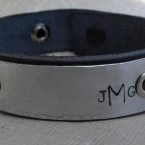 Personalized Women's Leather Bracel..